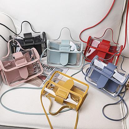 Големо враќање на транспарентните чанти од 90-тите
