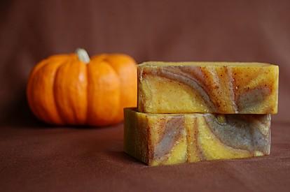 Направете сами: Природен сапун со цимет и тиква за 10 минути