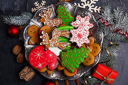 Шарени празнични колачиња со кои ќе ги разгалите најблиските