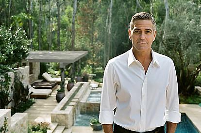 Џорџ Клуни открива дека го чистел домот и перел алишта секој ден во полициски час
